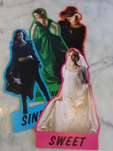 Free Romance heroine paper dolls giveaways